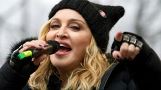 Madonna ameshapanga watoto wawili kutoka Malawi