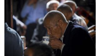 英國政府表示將會資助照顧中國老人
