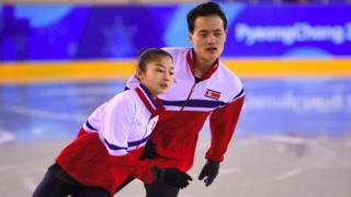 Kim Ju-sik (r) and Ryom Tae-ok