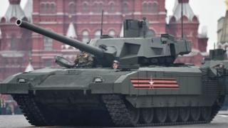 تانک آرماتا دارای سیستمهای اتوماتیک گستردهای است و جایگزین تانکهای دوران شوروی روسیه خواهد شد