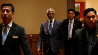 Former U.N. Secretary-General Kofi Annan arrives for his press conference as Myanmar government-appointed Chairman of the Advisory Commission on Rakhine State, at a hotel in Yangon, Myanmar December 6, 2016.