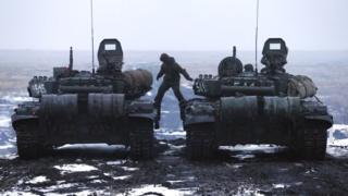 Украинские инспекторы говорят, что Россия не сообщила об увеличении количества своих военнослужащих