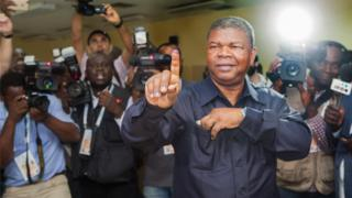 João Lourenço, the MPLA party candidate, casts his ballot in the general elections at a polling station in Luanda, Angola, 23 August 2017