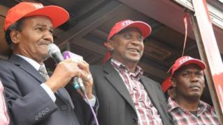 GG Kariuki, Kenyatta na Kabogo mwaka 2012