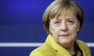 Hogaamiyaha Jarmalka, Angela Merkel ayaa ku dadaalaysa sidii ay ku soo dhisi laheyd xukuumad muddo dheer jirta