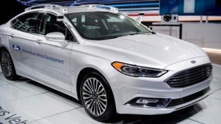 Автомобиль компании Ford