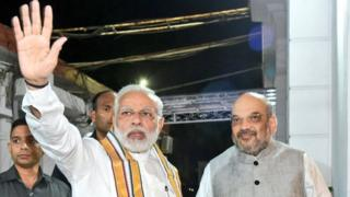 ગુજરાત ગૌરવ યાત્રાના સમાપન સમારોહમાં મોદી અને અમિત શાહ