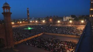 サウジアラビアのメッカにある「グランドモスク」