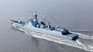 中国海军第二艘先进的052D型导弹驱逐舰