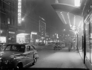There was a cinematic showdown in Sauchiehall Street in 1954, as the La Scala, right, faced off against the Gaumont, left.