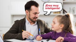 Hombre le dice a una niña: ¡Eres muy inteligente! (Foto: BBC/Getty)