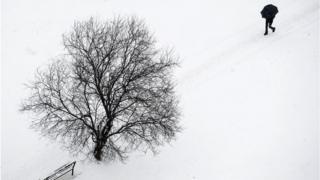 Снег в Приштине