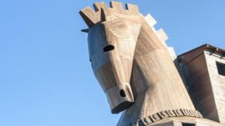 Réplica do cavalo de Troia na Turquia