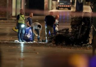 Протягом ночі криміналісти збирали речові докази на місці теракту в Барселоні