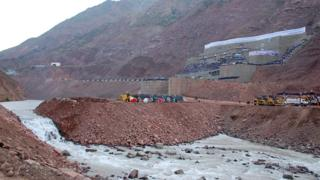 The Vakhsh river flows through many steep gorges and managing its strength is one of the engineering challenges