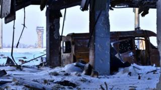 Вышка донецкого аэропорта. Фото бойца 95-й бригады ВСУ, который участвовал в боях в ноябре и декабре 2014 года