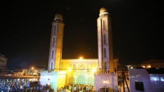 La mosquée Sérigne Babacar Sy où a été célébrée la nuit de la naissance du Prophète Mouhammed (PSL) à Tivaouane (illustration)