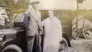 Tom and Margaret Lewis