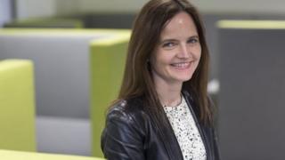 نائبة محافظ البنك المركزي البريطاني تستقيل من منصبها بسبب عمل شقيقها