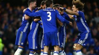 Eden Hazard ghi bàn thứ hai cho Chelsea
