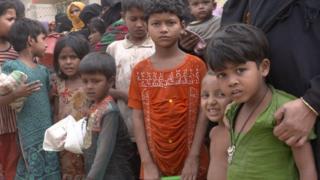 Bangladeş'teki mülteci kampında kalan Arakanlı çocuklar