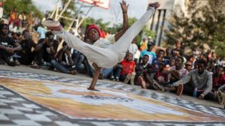 A dancer performs at the Goma Dance Festival in Goma, east of the Democratic Republic of the Congo, on April 30, 2017. In its first year, the festival aims to support and encourage young Congolese to express themselves through the medium of dance