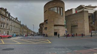 Junction of George IV Bridge and Chambers Street