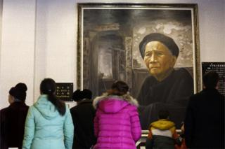 This picture taken on 2 February 2015 shows people visiting the Modern Filial Piety Culture Museum in Qionglai, southwest China's Sichuan province