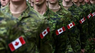 Soldados canadienses.