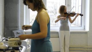 Студентки Московской консерватории в общежитии