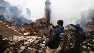 OSCE monitors photograph house in Avdiyivka shelled by rebel forces - 25 February