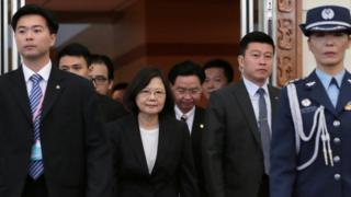台灣總統蔡英文周六早上從桃園機場出發前往美國休斯敦。