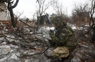 """Ситуацію у зоні АТО українські силовики називають """"напруженою"""""""