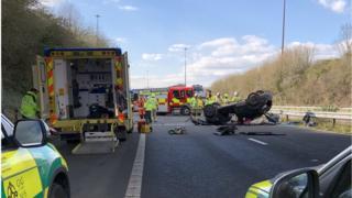 Car overturned on M48