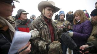 Arizona cattle rancher LaVoy Finicum talks to the media at the Malheur National Wildlife Refuge near Burns, Oregon, in a January 5, 2016 file photo.