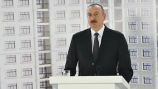 राष्ट्रपति इल्हाम अलीयेव ने कहा कि वो उनकी मदद करने के लिए पत्रकारों के आभारी हैं