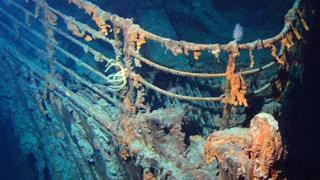 大西洋海床上的泰坦尼克号残骸