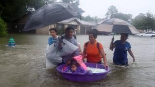 فيضانات تكساس