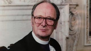 Very Rev James Leslie Weatherhead