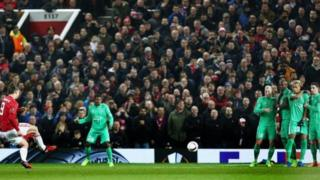 Zlatan Ibrahimovic a lokacin da ya ci kwallon farko