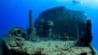 Еще одно судно, затопленное в 1990-х у берегов Таррагоны (Испания) специально для привлечения подводных туристов