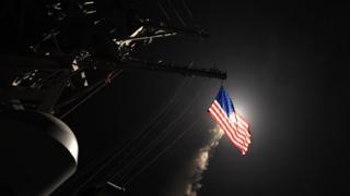 """С двух кораблей ВМФ США было запущено 59 ракет """"Томагавк"""""""
