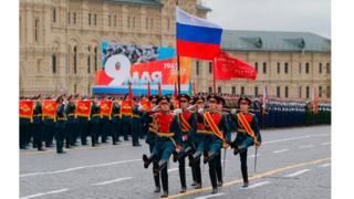 Desfile militar en la Plaza Roja