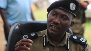 Andrew Felix Kaweesi, yahora ari umuvugizi w'igipolisi c'Ubuganda