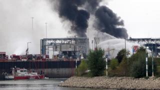 Последствия взрыва на заводе в Людвигсхафене