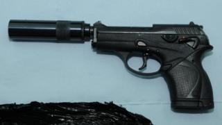 Beretta 9000 pistol