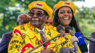 President Robert Mugabe and his wife Grace in matching outfit