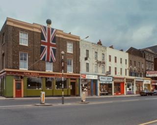 Mile End Road, 1977