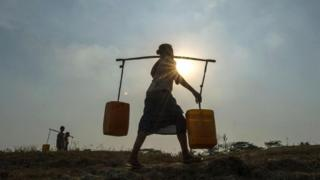पानी तय करती राजनीतिक स्थिरता