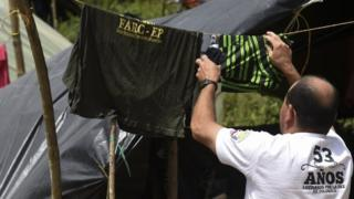 Colombia's Farc rebels to train as bodyguards
